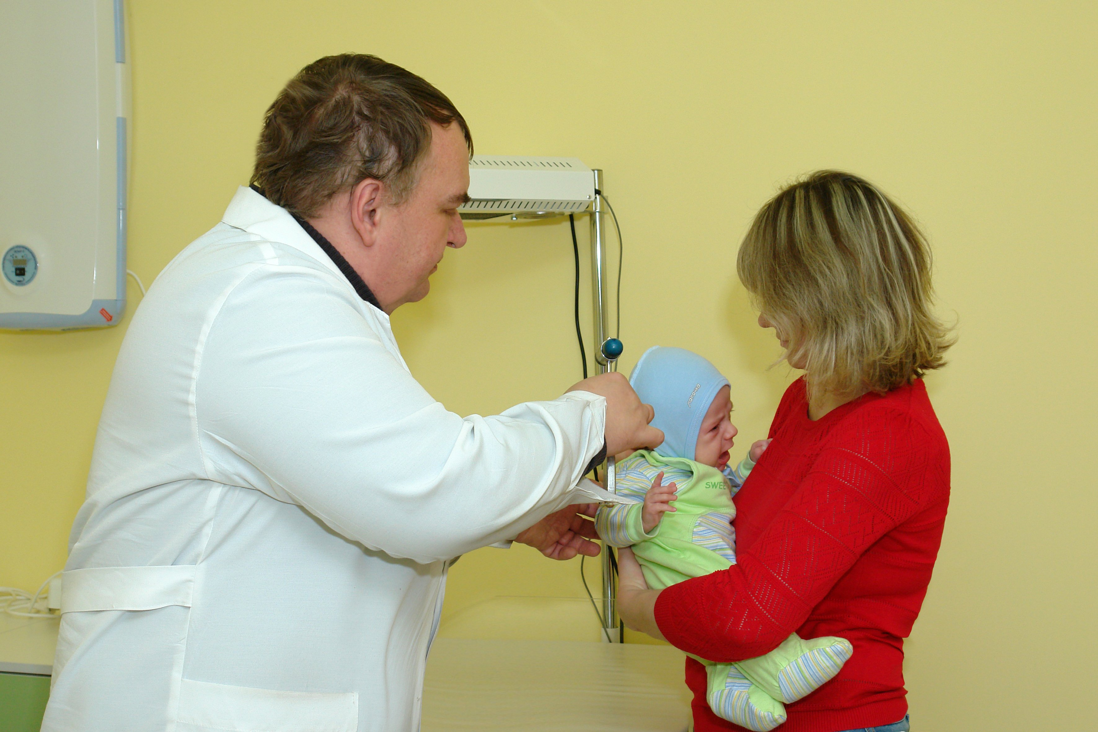 На приёме у врача-невролога детской поликлиники на ул.Ломоносова